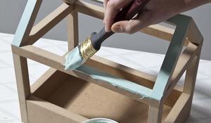 KROK V - malowanie domku